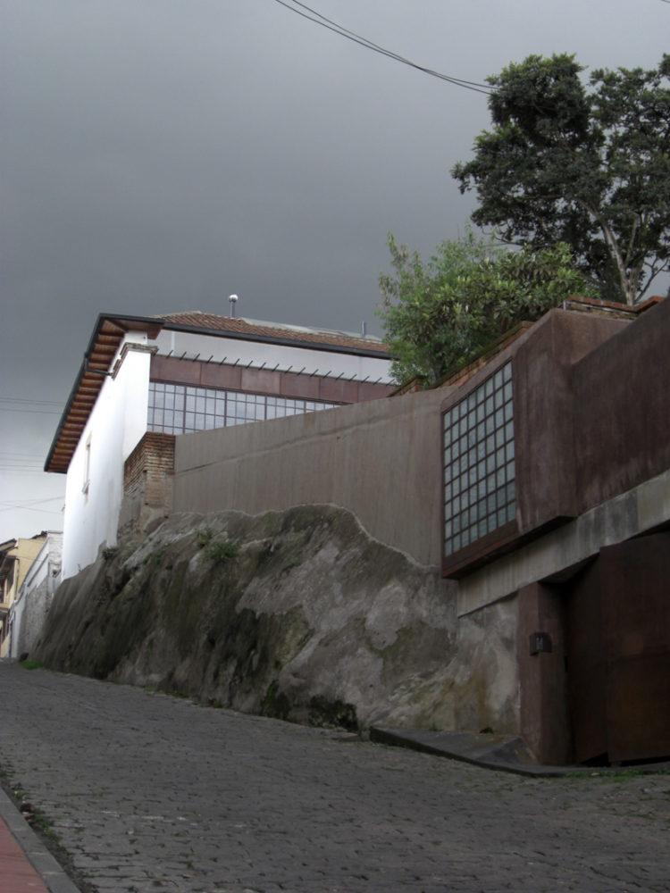 San Juan House - San Juan House, Quito, 2007 © José María Sáez